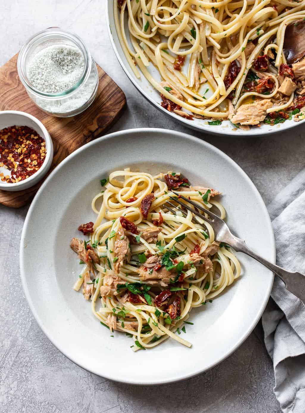 Olive Oil And Garlic Tuna Pasta Recipe Tuna Pasta Olio Recipe