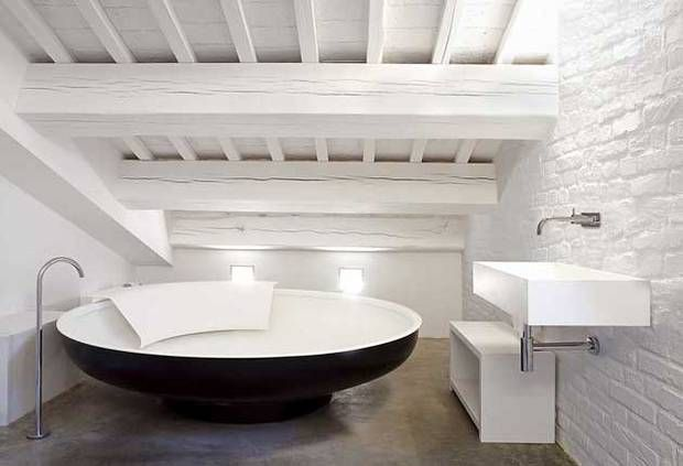 Luxury Bath Uk Oversized Baths Wallow In And Interiors