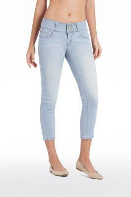 Cary Curvy Capri Jeans | Guess Factory Canada