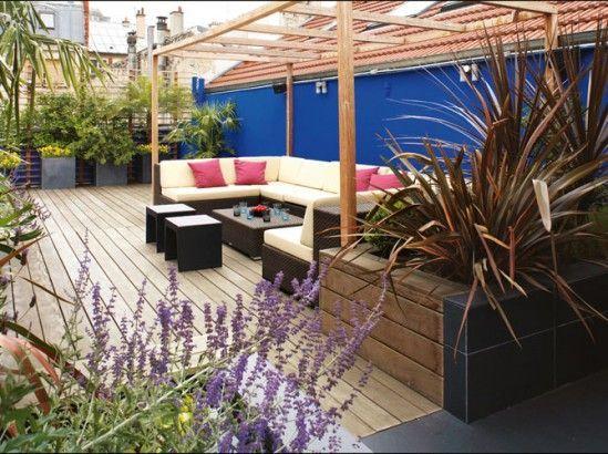 Comment habiller le mur de son jardin? Nos idées en images #dress #garden #idea …