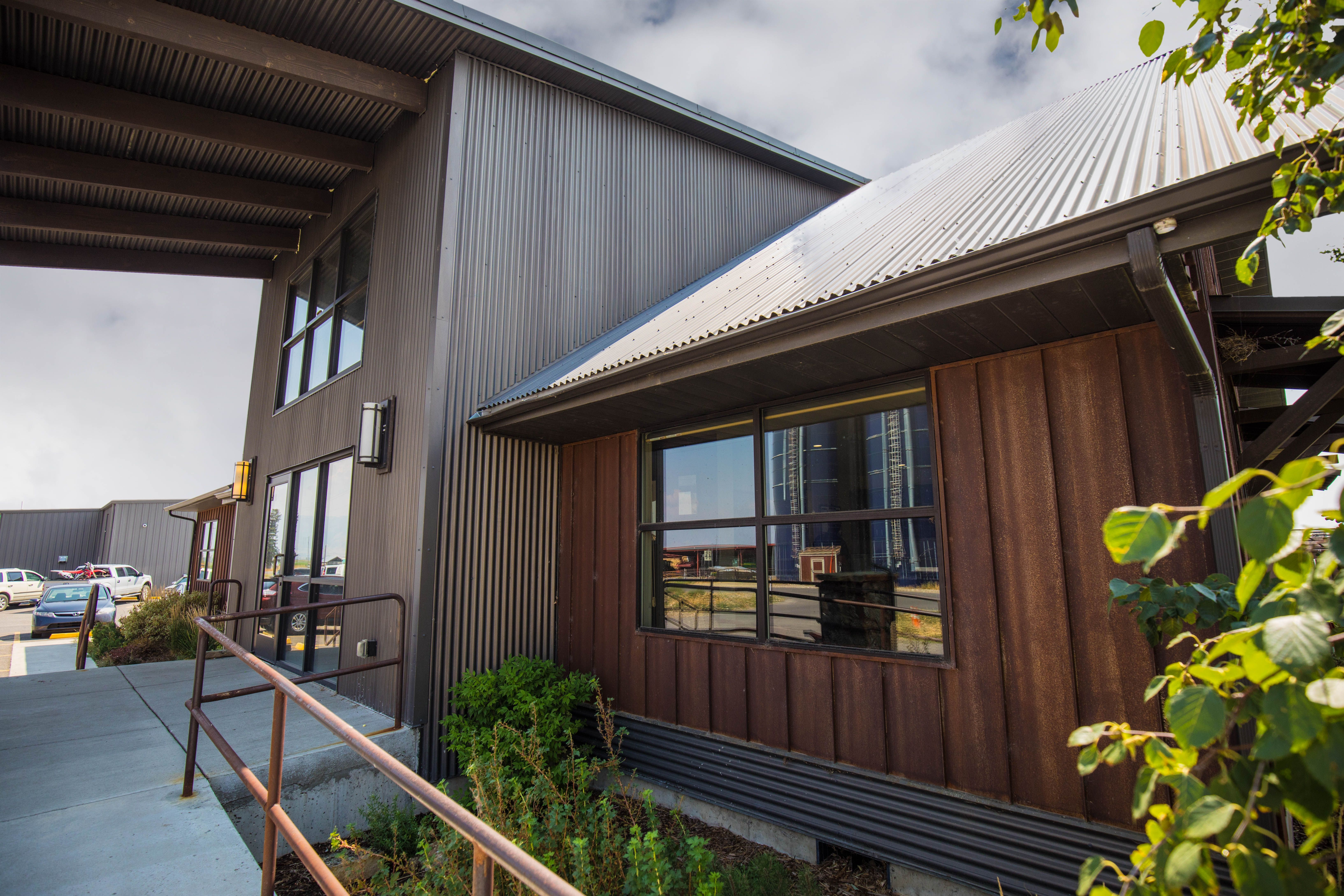 Corrugated Bonderized Commercial Siding In 2020 With Images Metal Roof Metal Panels Standing Seam