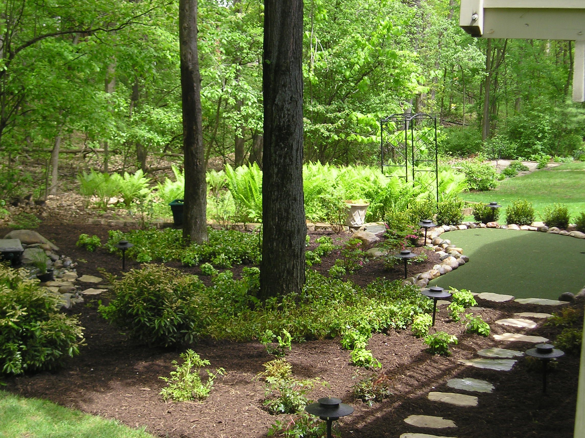 Putting green and bed back yard my next big thing pinterest