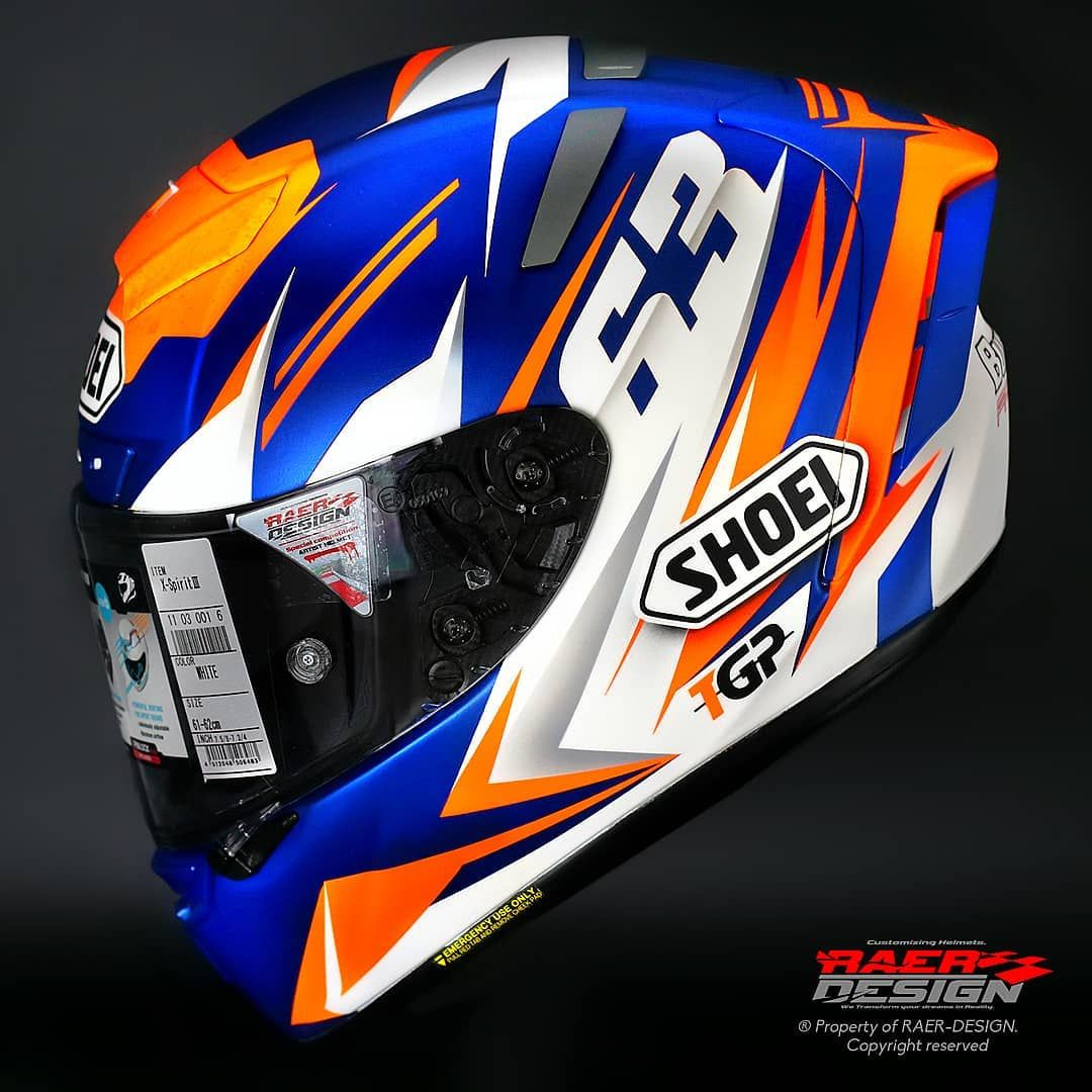 Helmet Shoei X Spirit Iii For Our Friends Of Tgpmotoracing Thanks For The Trust Another Year Tgpmotoracing Raerdesig Helmet Design Helmet Shoei Helmets