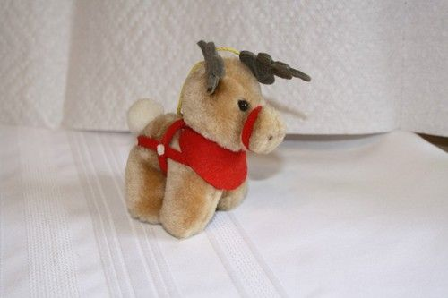 "Coca Cola 1985 McDonald's reindeer plush ornament $7 measures approx: 4"" x 3 1/4"""