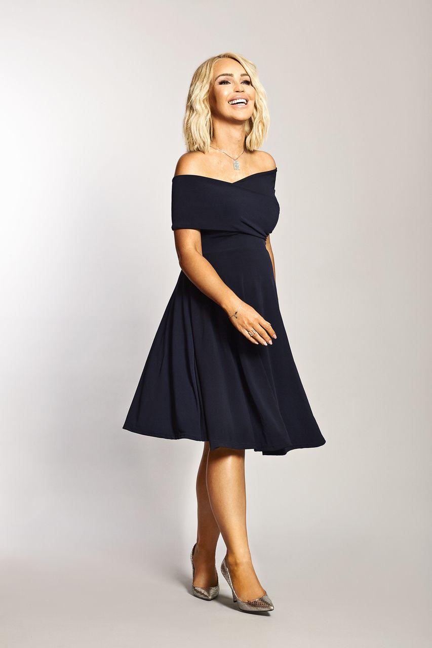 463d3889e6c01 Katie Piper Maternity Navy Bardot Twist Front Detailed Dress ...
