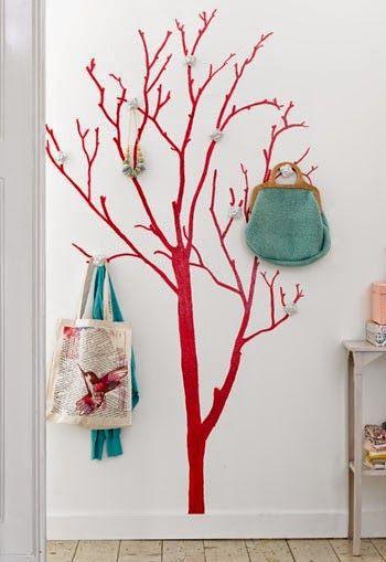 ArteCasa - Mari Rodrigues: Uma árvore brotou na minha sala- 1 Projeto Por Mês