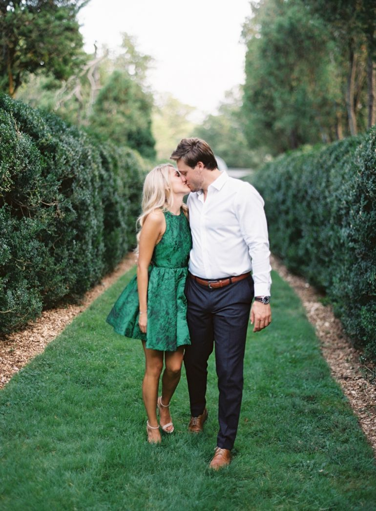 Engagement Social Media Etiquette -  preppy couple shooting engagement photos itgirlweddings.co…  - #Engagement #EngagementPhotosafricanamerican #EngagementPhotosbeach #EngagementPhotoscountry #EngagementPhotosfall #EngagementPhotosideas #EngagementPhotosoutfits #EngagementPhotosposes #EngagementPhotosspring #EngagementPhotoswinter #EngagementPhotoswithdog #Etiquette #Media #social #summerEngagementPhotos #uniqueEngagementPhotos