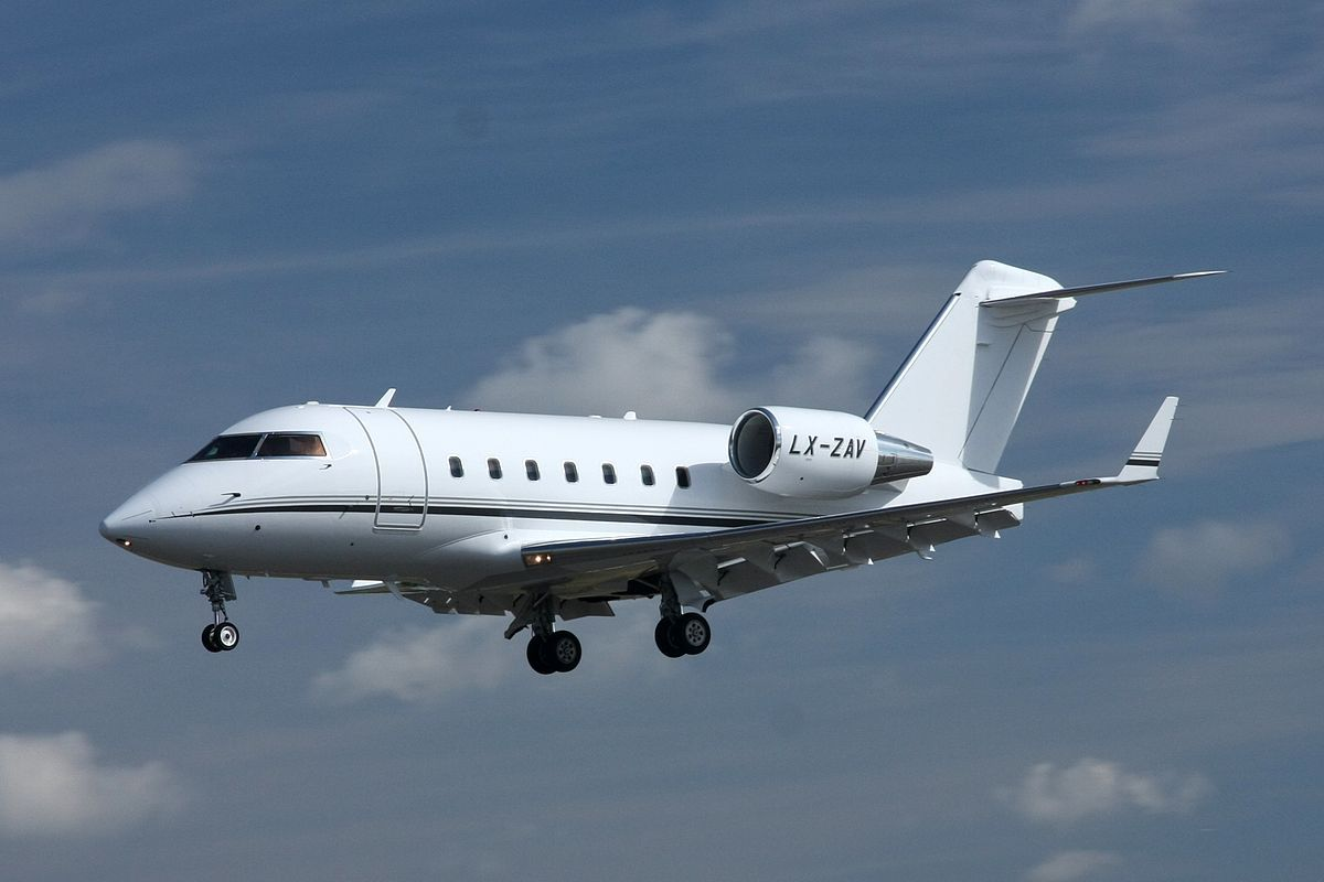 Phenom 300 cockpit phenom executive jet line leaders of innovation - Private Jet Flips Five Times And Plunges After Being Battered By Turbulence From World S Biggest Passenger Plane