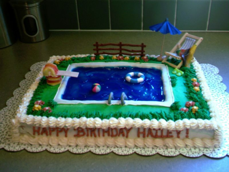 High Quality Pool Cake Option