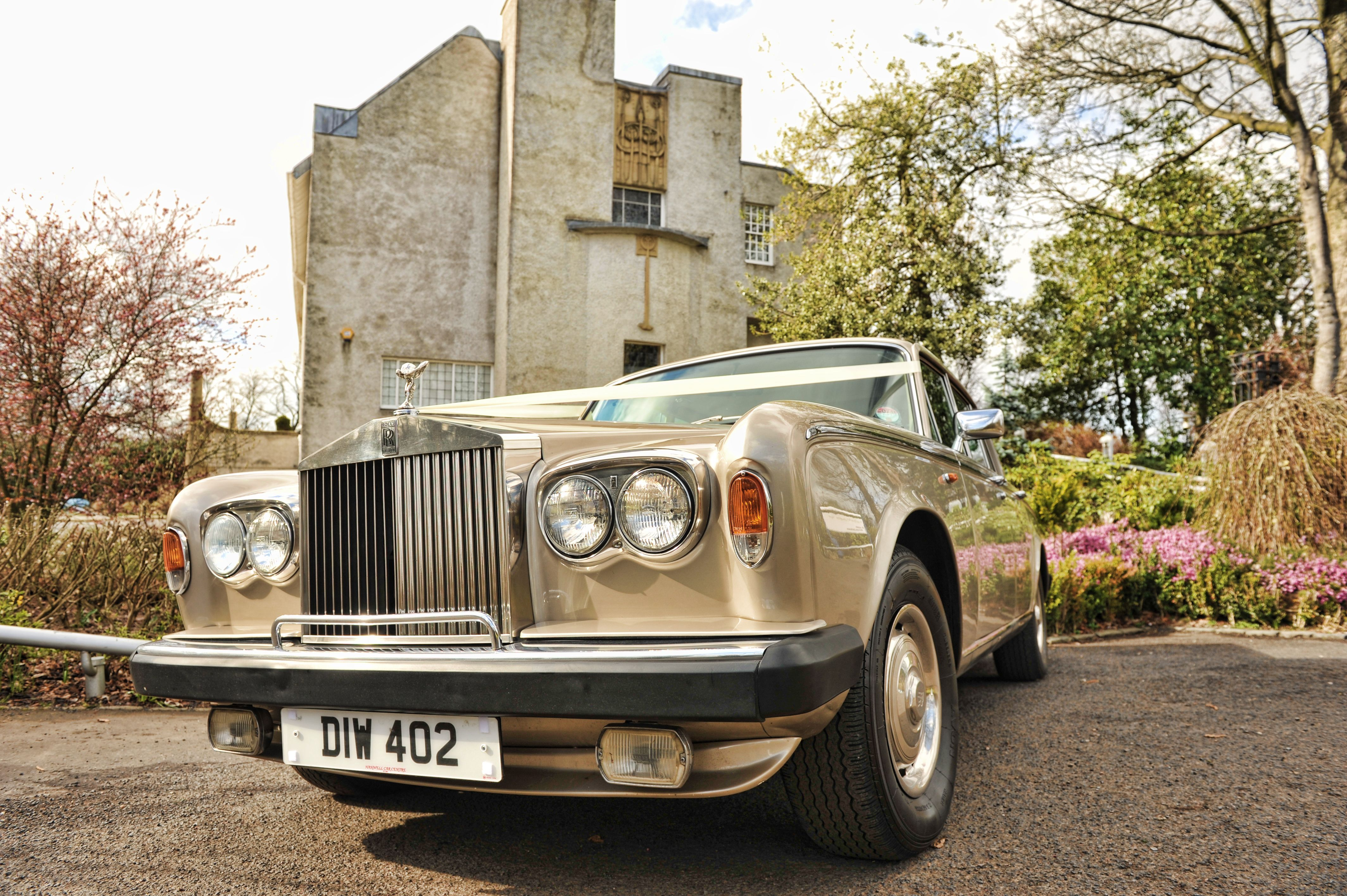 The Gold Rolls Royce Shadow For Hire In Glasgow Http Www