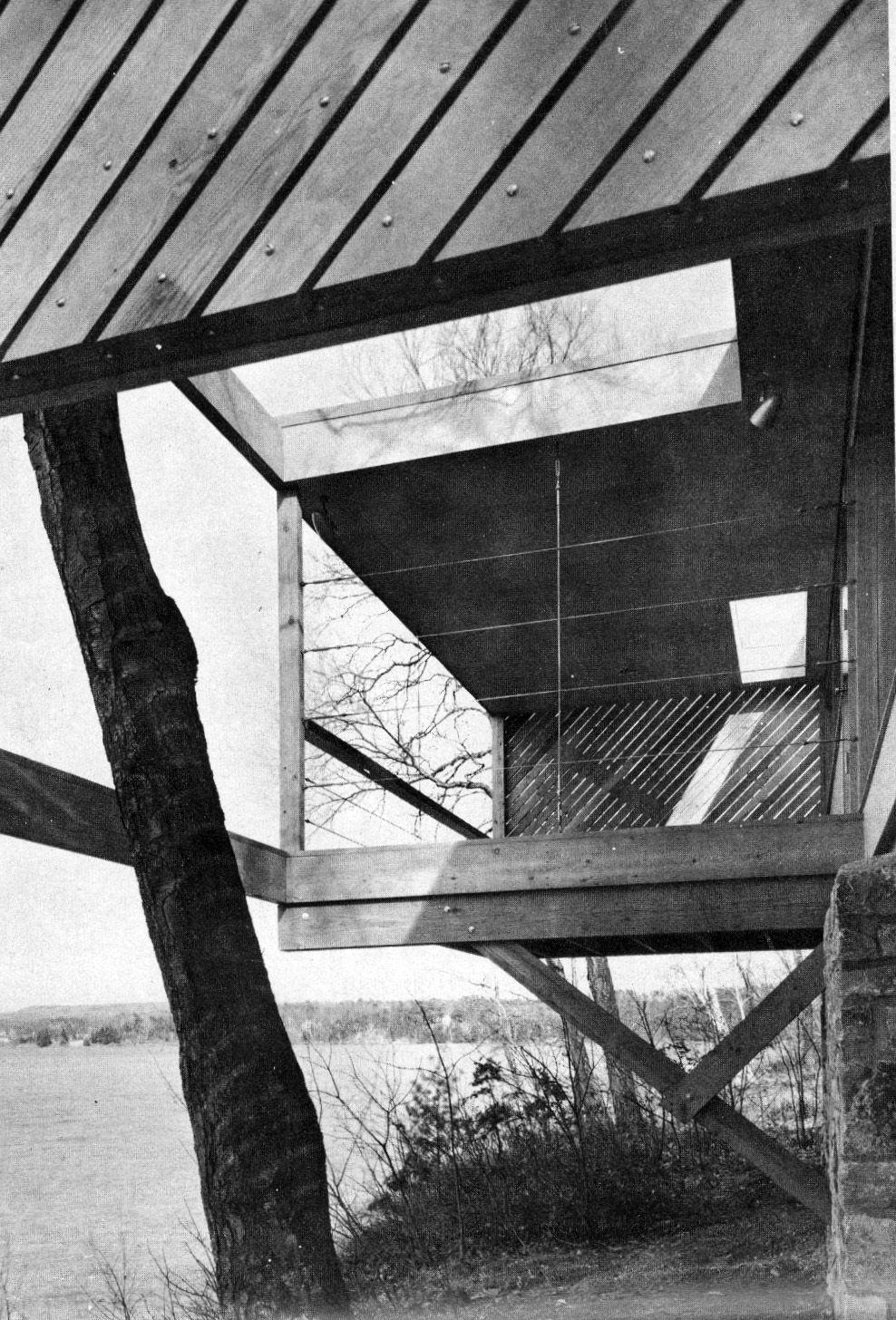 Marcel Breuer Caesar Cottage La Casa Evita Perturbar El Paisaje De Pgina Cesar Flores On Gfci Internal Wiring Diagram Rbol Crece A Travs Estructura Sun And Shadow 1956
