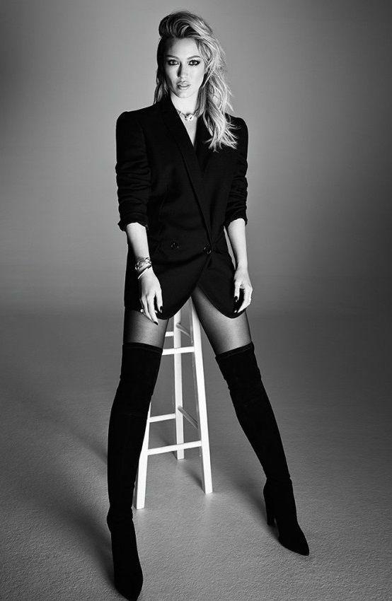 Hilary Duff – Elle Canada (December 2014)