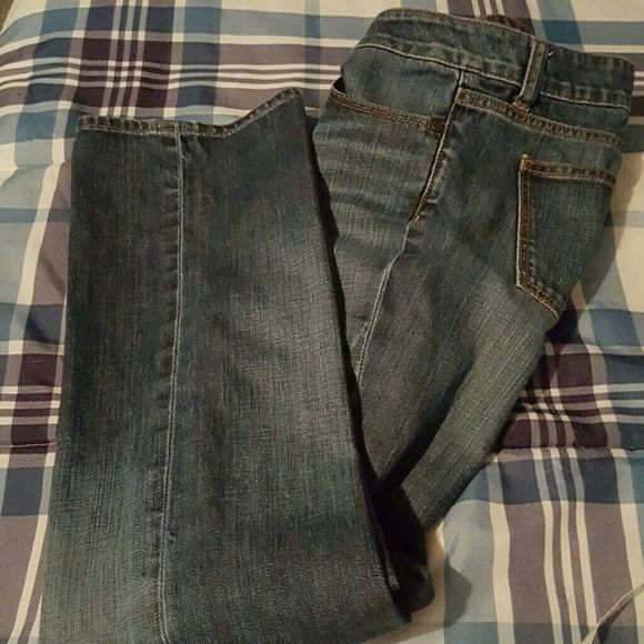 Ladies Short Jeans These are petite jeans and never worn.  Was bought here on poshmark but I can't seem to read the label stamped on the inside waistline.  Took a picture, maybe you can.  They are in great shape! Size is either 7 or 8. unknown  Jeans Boot Cut