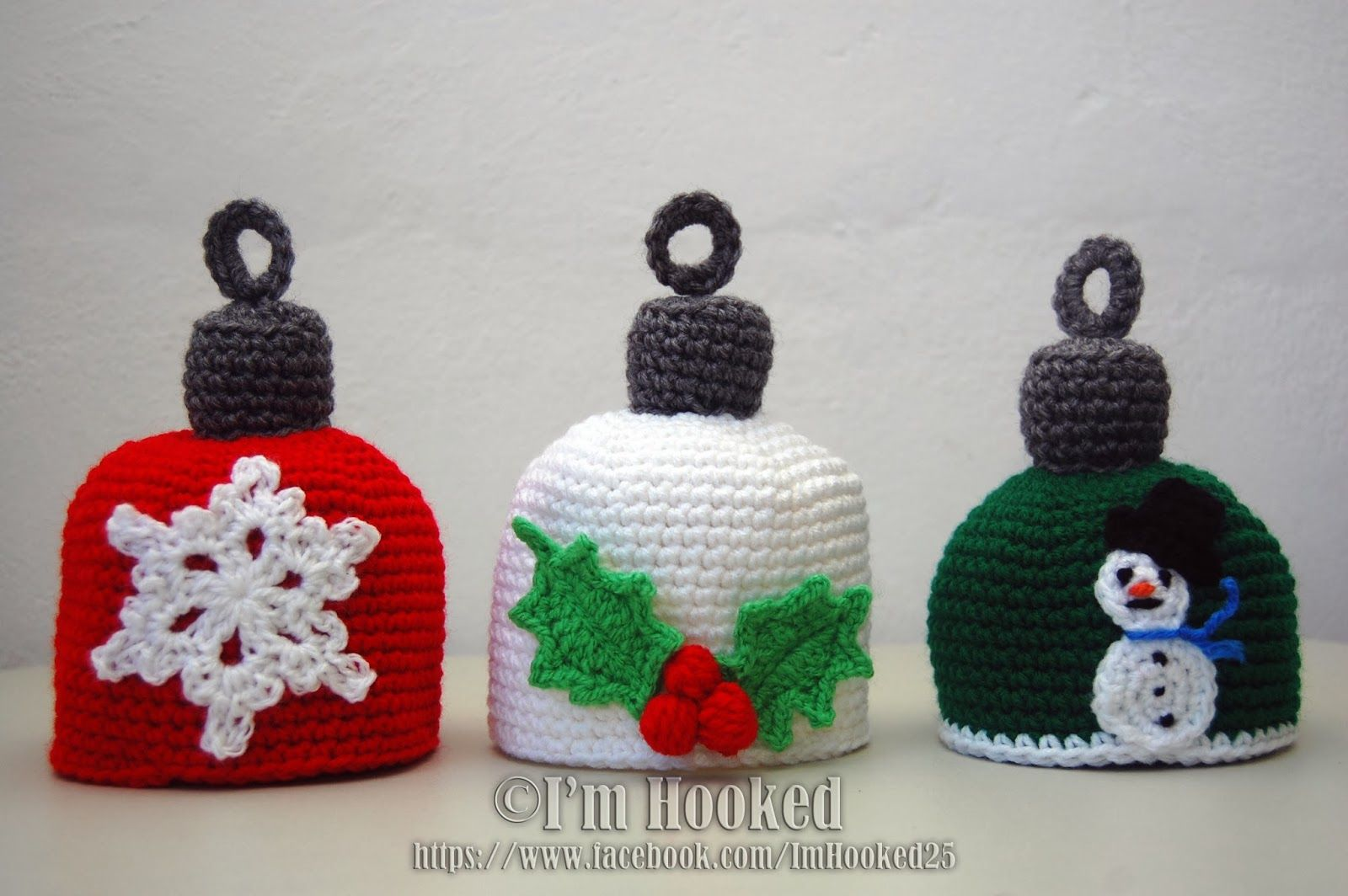 Free Crochet Pattern: Holiday Hats | It\'s Christmas!! | Pinterest ...