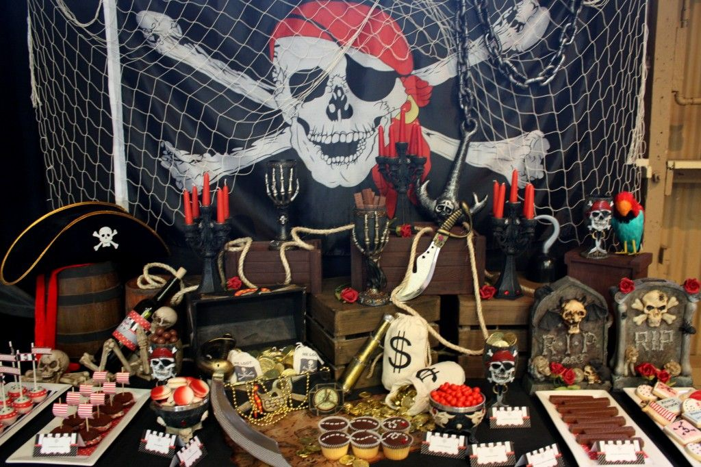 Pirate Themed Birthday Dessert table, Birthdays and Themed parties - halloween ideas party