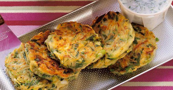 Mücver heißen die herzhaften Puffer auf Türkisch Sie gehören zu - türkische küche rezepte