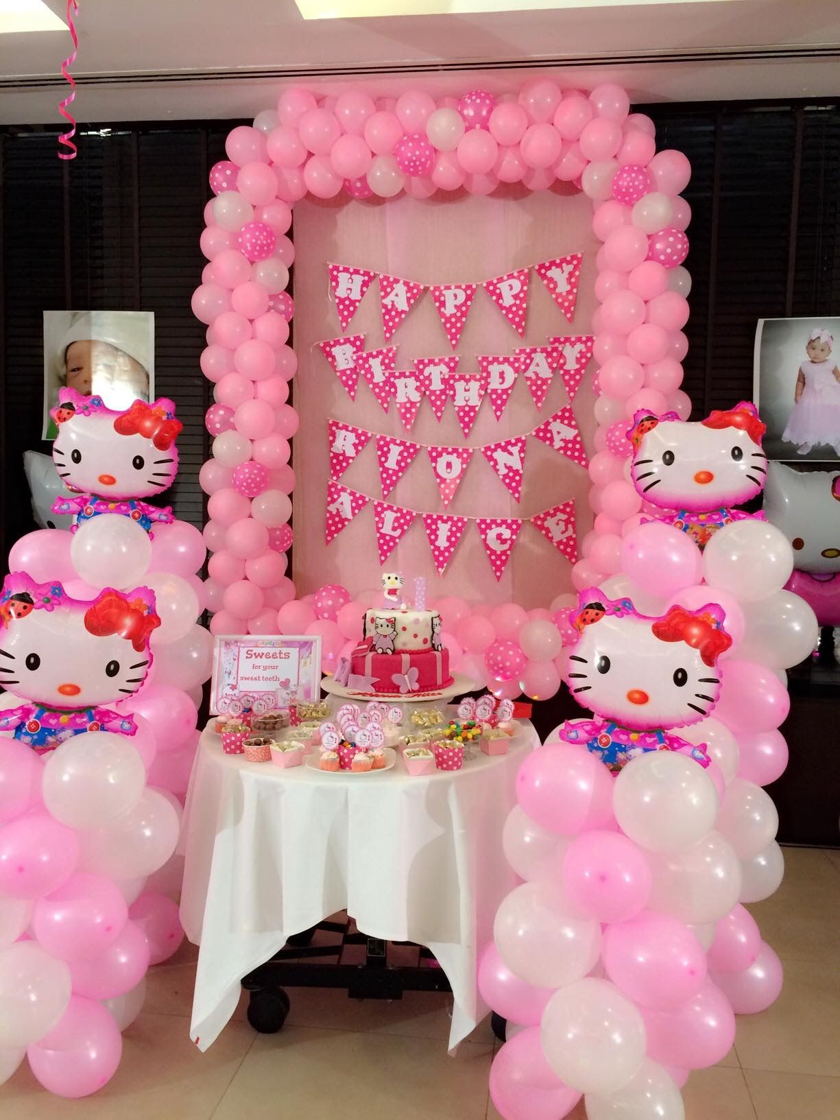 Hello Kitty Themed Party Balloon Decorations Party Themes