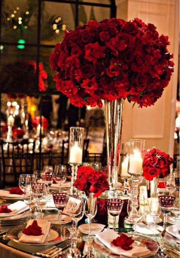 35 Beautiful Christmas Wedding Tablescapes Hollywood Wedding