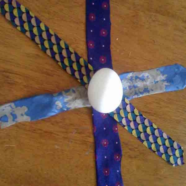 dying eggs with silk ties and vinegar   Step by Step for Multi-Pattern Silk Strip Dyed Eggs: