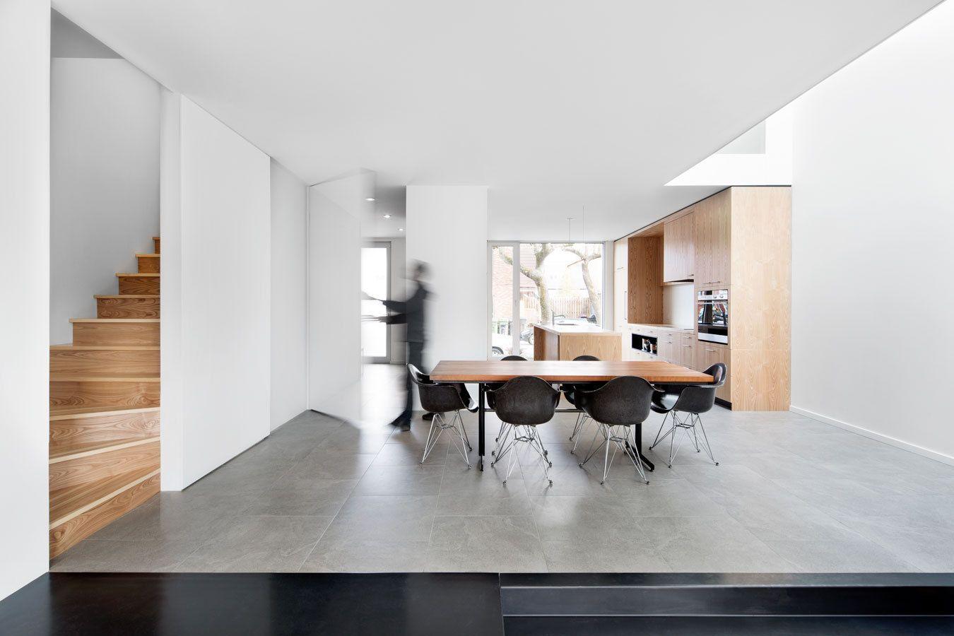 Reihenhaus In Montreal / Mit Der Küche Zur Straße   Architektur Und  Architekten   News / Meldungen / Nachrichten   BauNetz.de