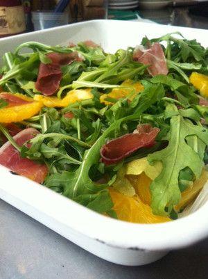 arugula salad w/ orange, prosciuto,  balsamic vinegar......YUM all my favs in one place!