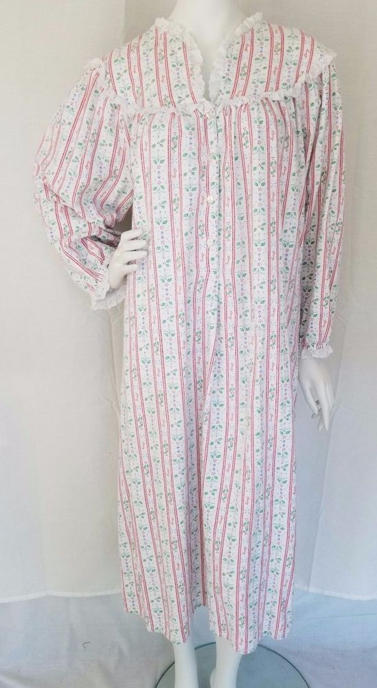 Vtg LANZ OF SALZBURG Christmas Holly Cotton Flannel Granny Gown ...