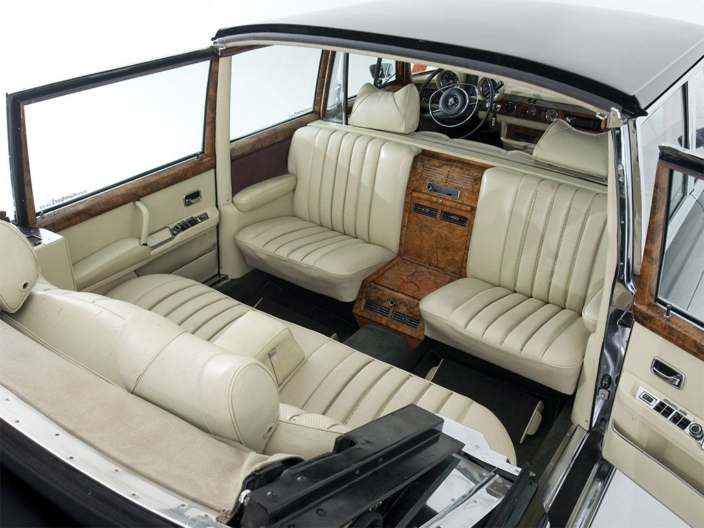 Mercedes benz 600 pullman landaulet w100 interieur for Mercedes benz interieur