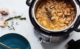 Big-Batch Instant Pot White Beans