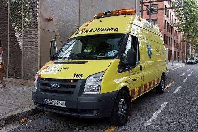 MARCAS/MODELOS DE FURGONETAS PARA AMBULANCIAS ¨B¨ Y ¨C¨ (SOPORTE VITAL BÁSICO Y AVANZADO) http://ambulanciasyemerg.blogspot.com.es/2015/02/SVB.html