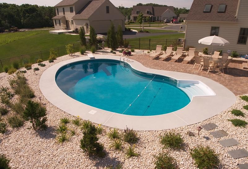 simple pool landscaping swimming