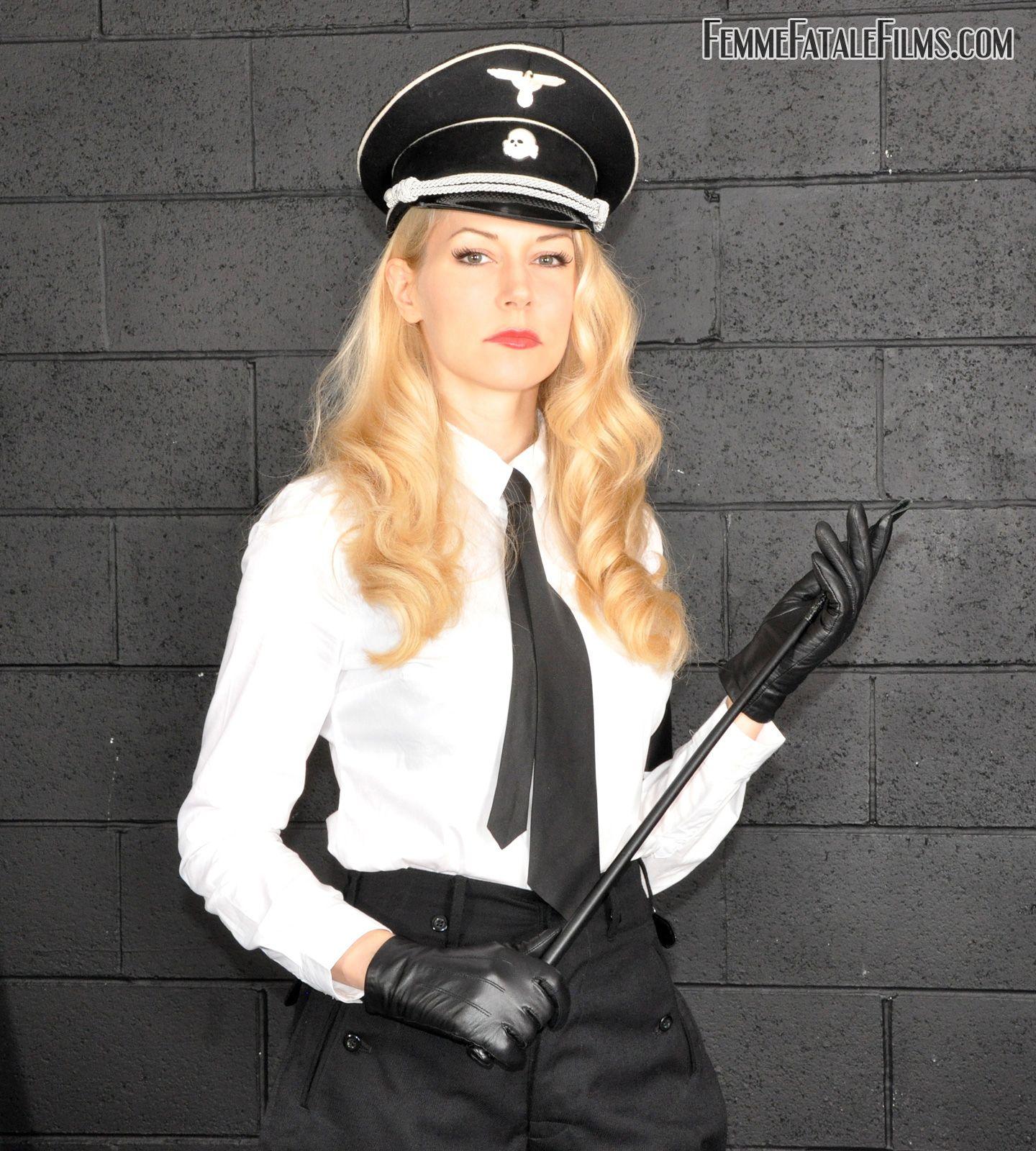 blondinki-v-gestapovskoy-forme-rossiyskie-eroticheskie-komedii-onlayn