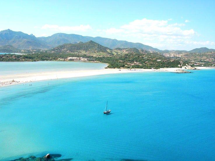 Baia Chia Sardinia Italy Spiagge Esotiche Sardegna Sardegna
