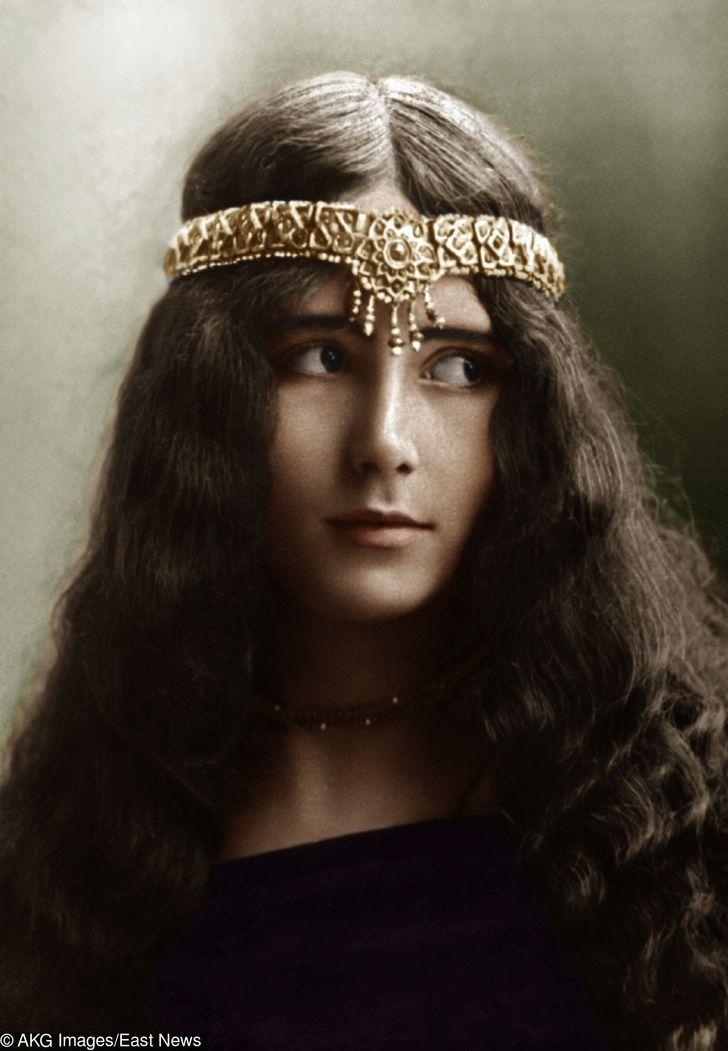 Fotos dehace 100 años donde salen las mujeres más bellas deesa época