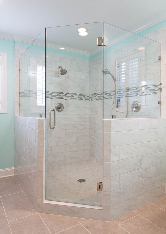 This Relatively Small Master Bathroom Is Only 100 Square Feet And