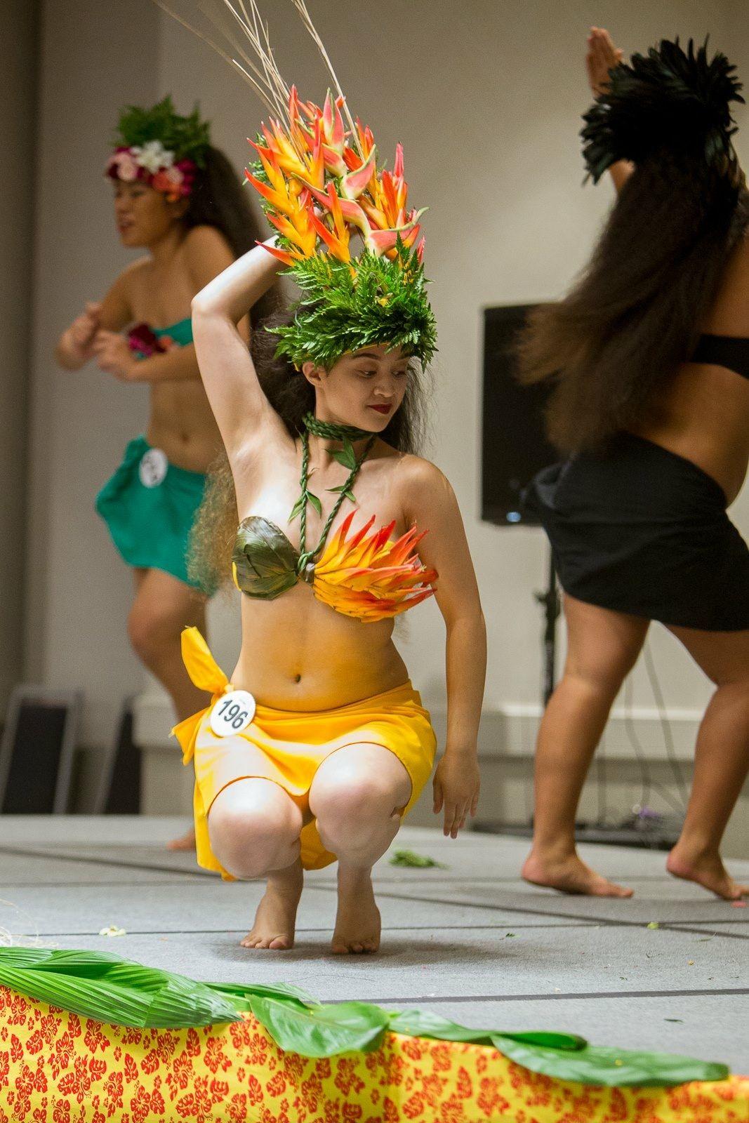 Epingle Par Betty Meiffren Sur Costume Tahitien