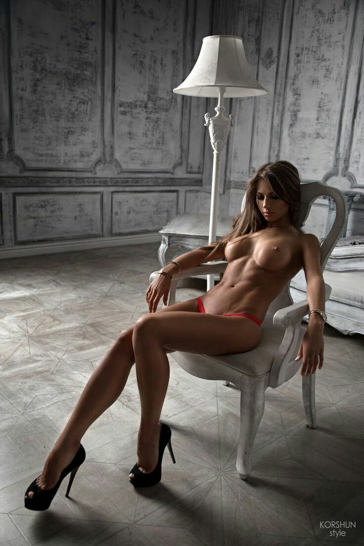 Fit nude Beautiful woman