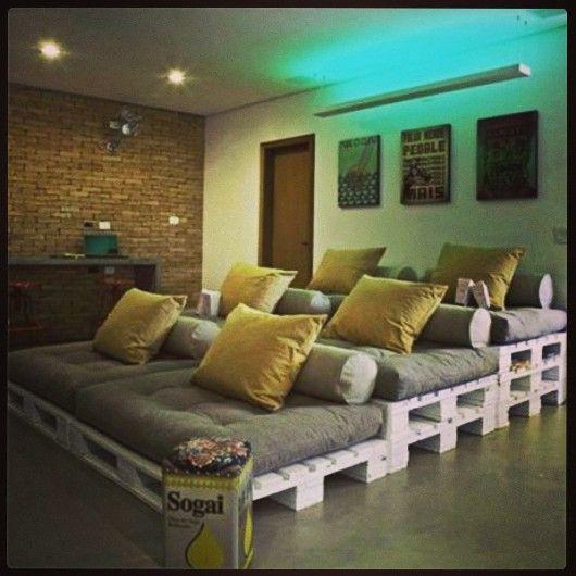 canap pour famille nombreuse la maison palettes pinterest famille nombreuse canap s. Black Bedroom Furniture Sets. Home Design Ideas