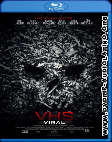 Vhs Viral 2014 Brrip Audio Latino Mega Ficha Tecnica Un Camion Esta Causando El Buenas Peliculas De Terror Pelicula De Horror Peliculas De Terror