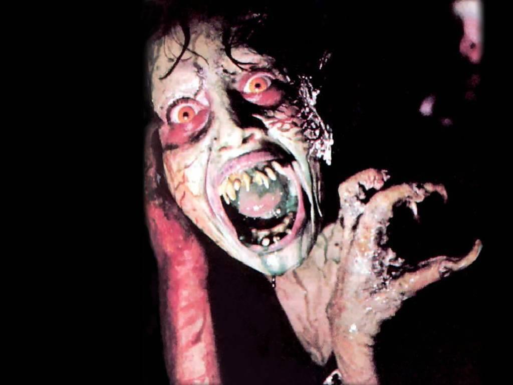 Demons 2 Sally... Dario Argento, Lamberto Bava (1986)