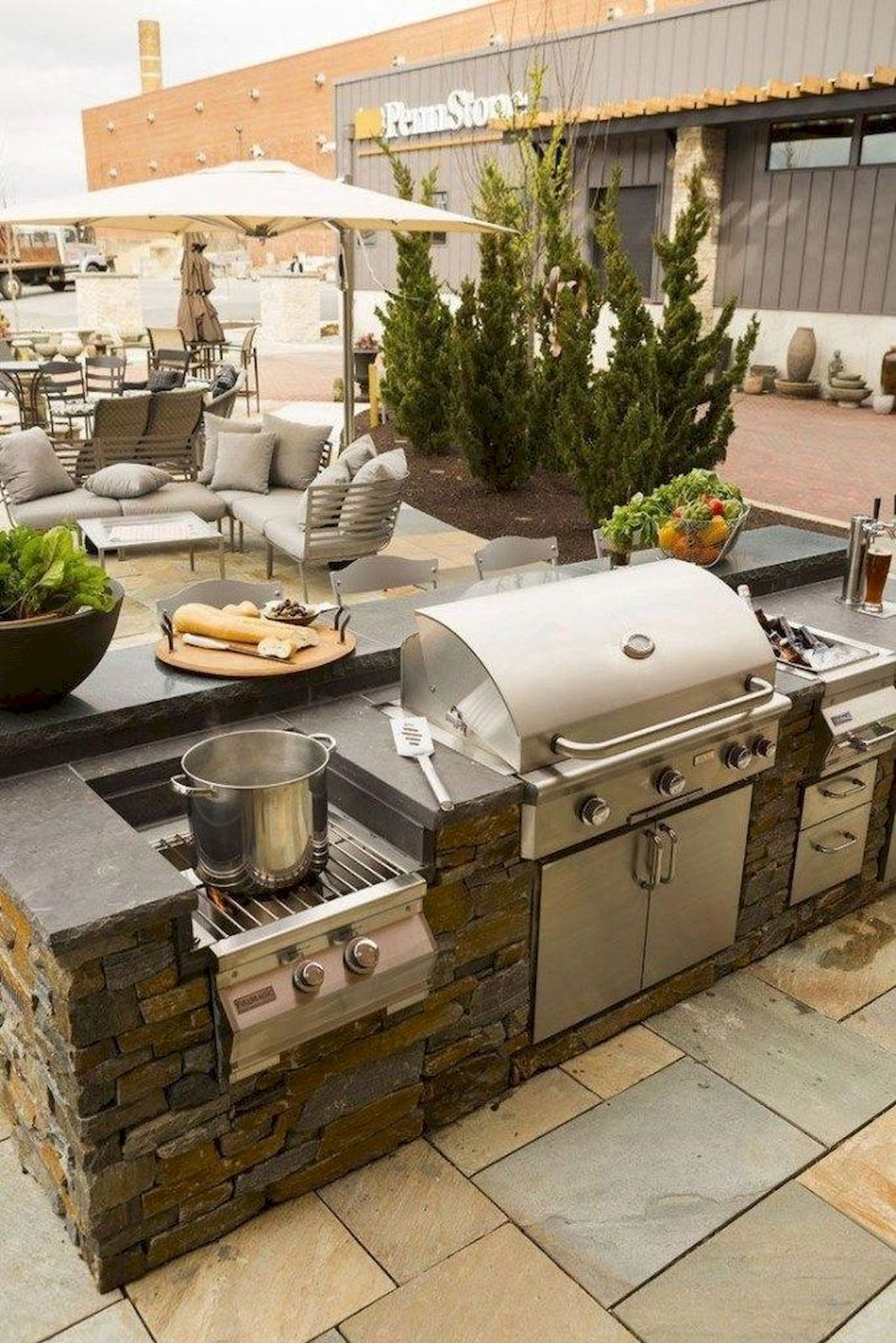40 Highly Functional Traditional Outdoor Kitchens Diy Project Modern Outdoor Kitchen Outdoor Kitchen Design Backyard Kitchen