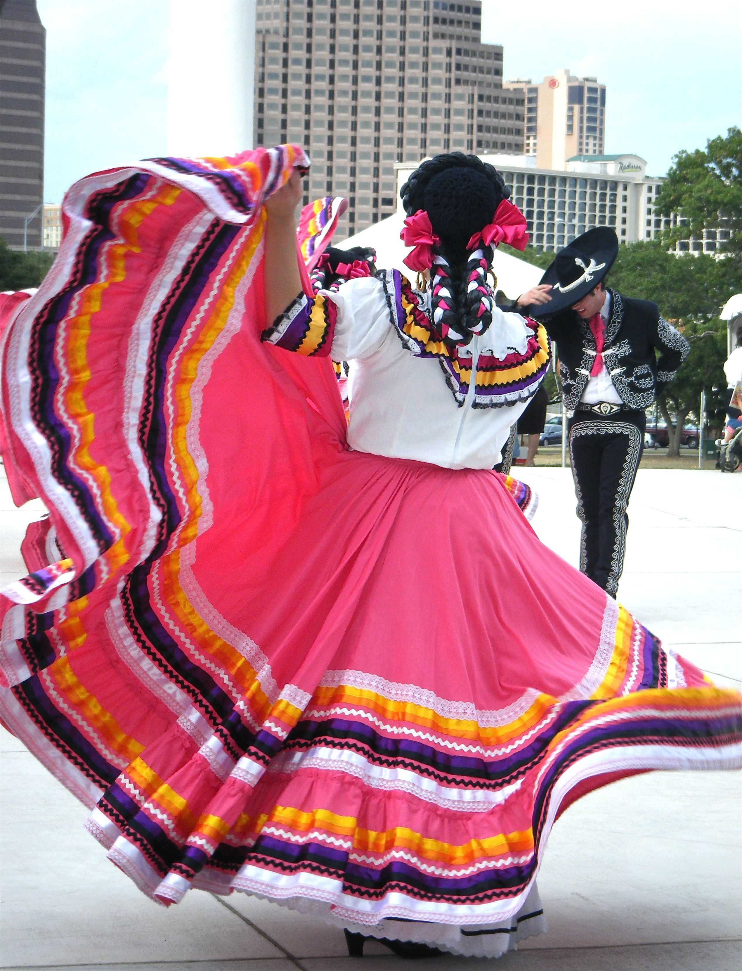 Ballet Folklorico | All The World\'s A Stage | Pinterest | México ...