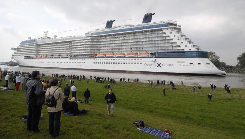 biggest boat in the world worlds largest boat what is the