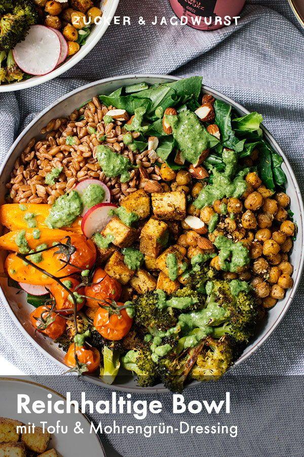 Salat-Bowl mit Tofu und Möhrengrün-Dressing - Zucker&Jagdwurst