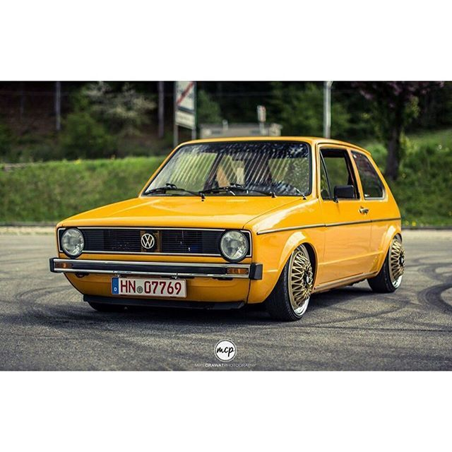 Awesome MK1  | #fitteduk  Photographer // @mikecrawatphotography  Owner // @nordi91