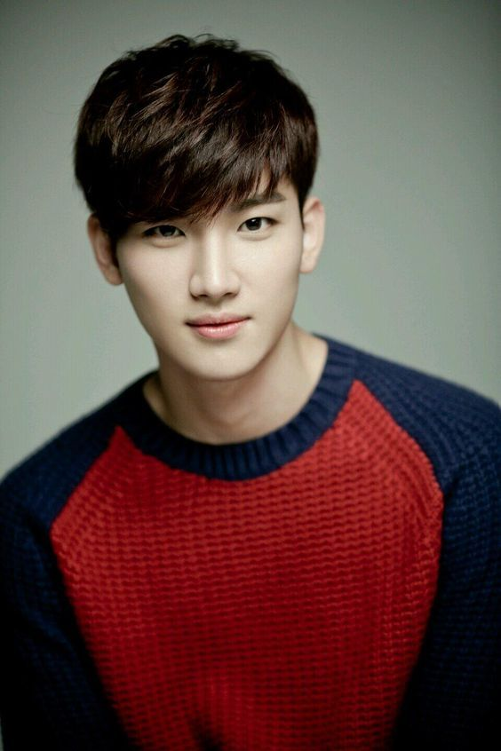 Gaya Rambut Korea Pria : rambut, korea, Model, Potongan, Rambut
