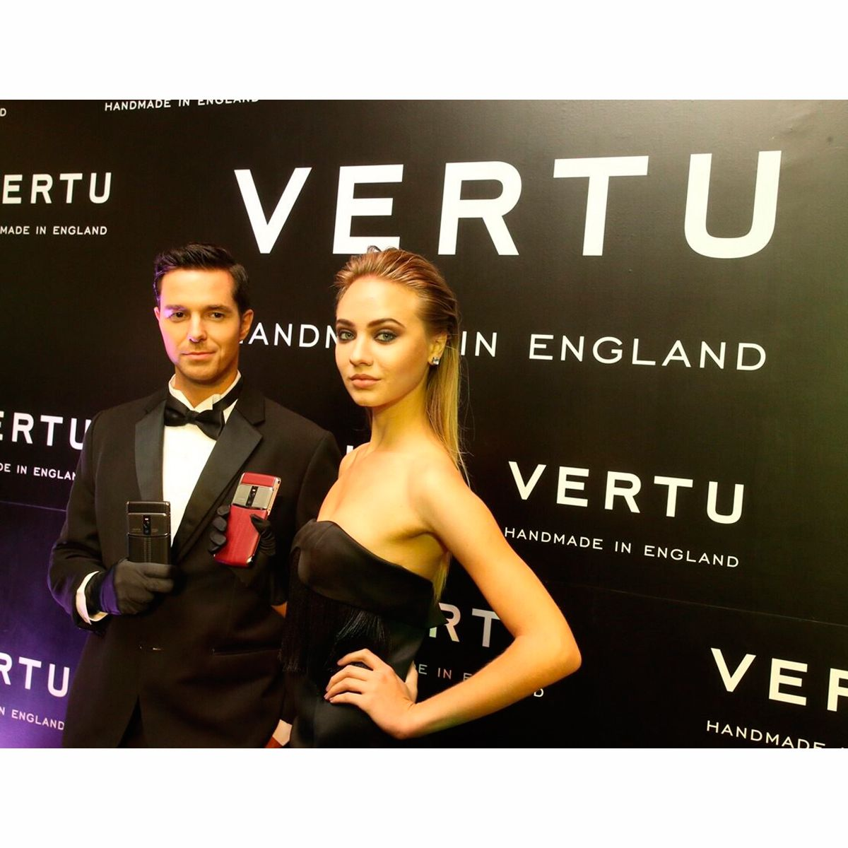 Models strike a pose with the new SignatureTouch Vertu