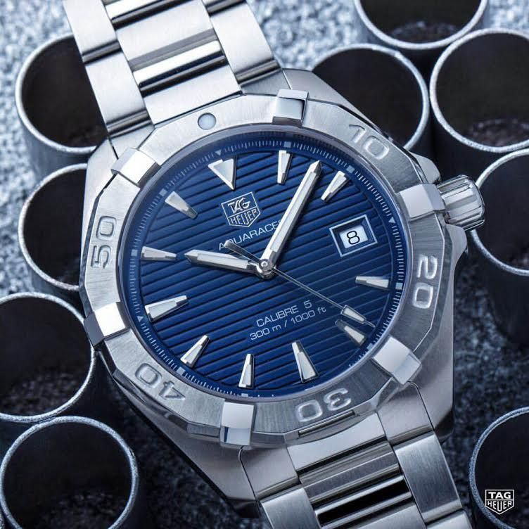 This Tag Heuer Aquaracer Calibre 5 is the perfect dive ...