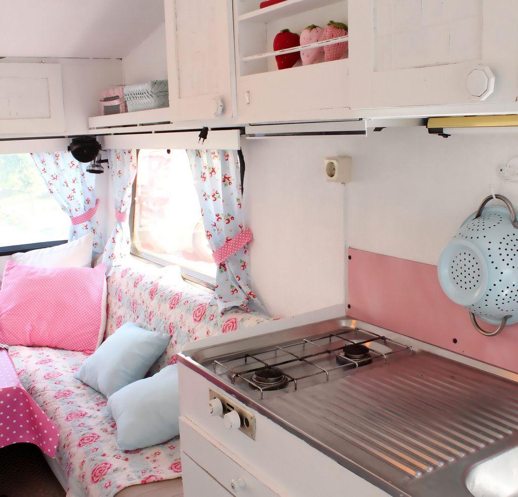 caravan interior relooking relooking caravane. Black Bedroom Furniture Sets. Home Design Ideas