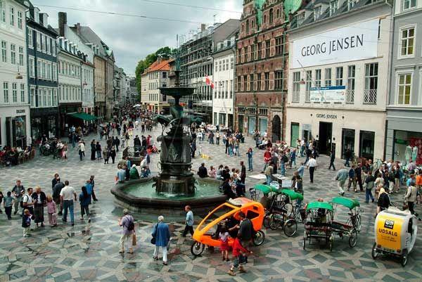 The Worldu0027s longest Pedestrian Street -u201dStrøgetu201d, established in - new world map denmark copenhagen