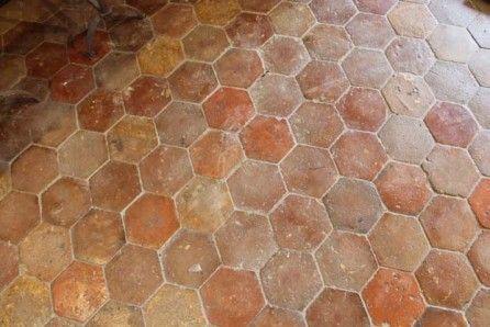 Tomette Ancienne Hexagonale En Terre Cuite In 2019 Clay
